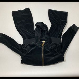 Michael kors zip up and pants!!